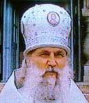 Протоиерей Филипп (Устименко), священник Никольского храма г. Пятигорска, духовник Кавминводского благочиния,  в 90-х был настоятелем Лазаревского храма.