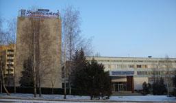Главный корпус Пятигорского государственного лингвистического университета. Здесь расположены ФАН (факультет англо-немецкого языка), ФАП (англо-психологический факультет), испанский, филологический и др. факультеты.